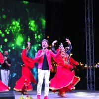 Heydər Əliyev Mərkəzinin parkında Xalq artisti Faiq Ağayevin konserti olub