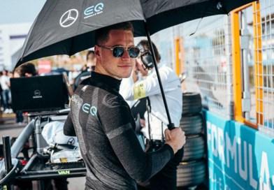 """Formula 1: """"Mercedes"""" komandası yeni pilotla müqavilə imzalayıb"""