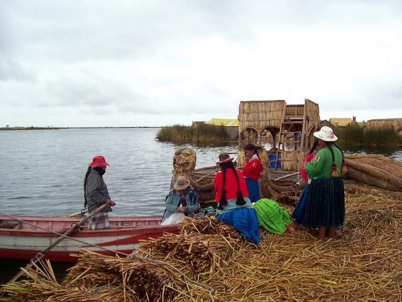 floating island shopping, lake titicaca, peru