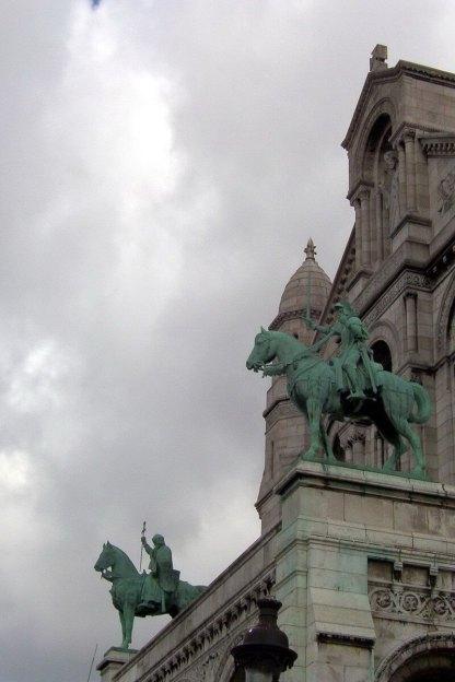 Basilique du Sacre Coeur - statues of Knights - Montmartre - Paris