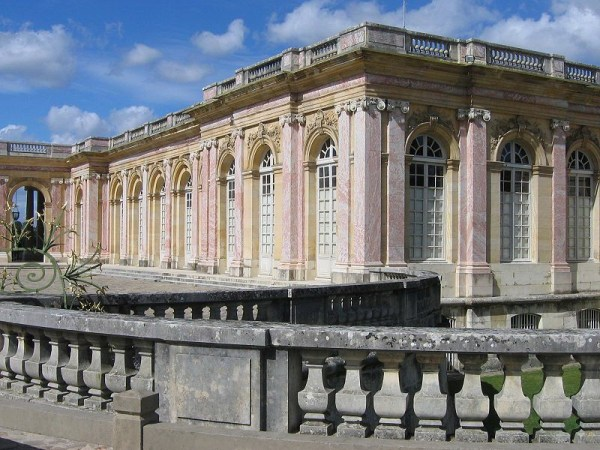An image of the Grand Trianon at Versailles in France.