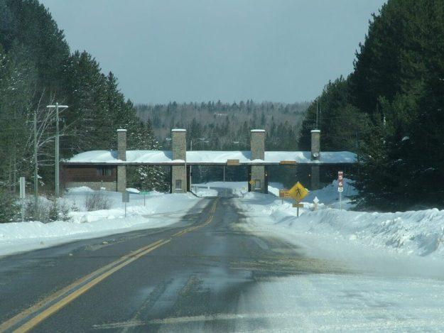 Algonquin Park - East Gate - Ontario - Ontario - pic 1