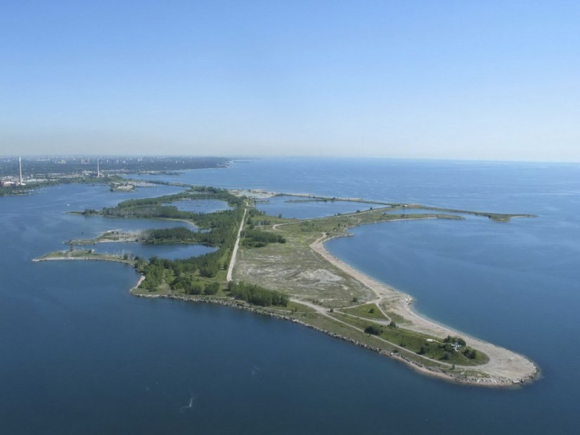Aerial view of Tommy Thompson Park in Toronto, Ontario, Canada
