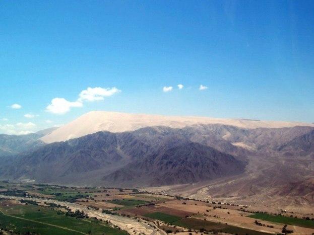 Cerro Blanco sand mountain near Nazca, Peru