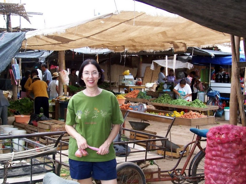 jean in the street market - nazca - peru