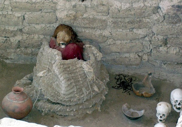 Mummified human body at the Chauhilla Cemetery near Nazca in Peru, South America.