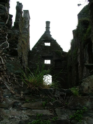 Coppinger's Court ruins, a dark window to the past, county cork, Ireland