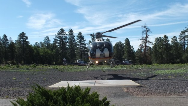 helicopter-lift-off-papillon-grand-canyon-heliport-3