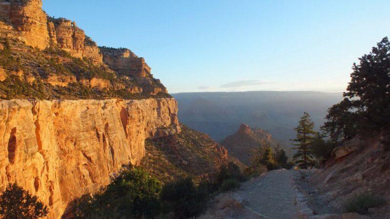 grand canyon sunrise bright angel trail