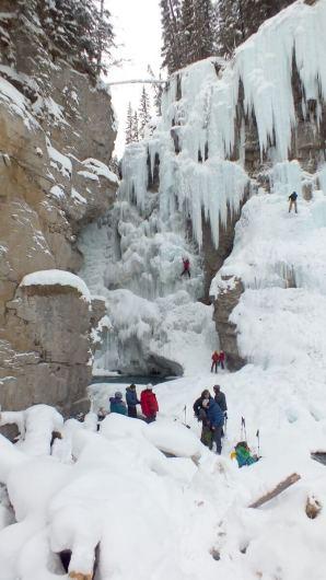 ice climbing in johnston canyon - banff 3