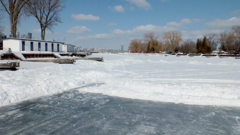 lagoon skating rink ward's island - toronto