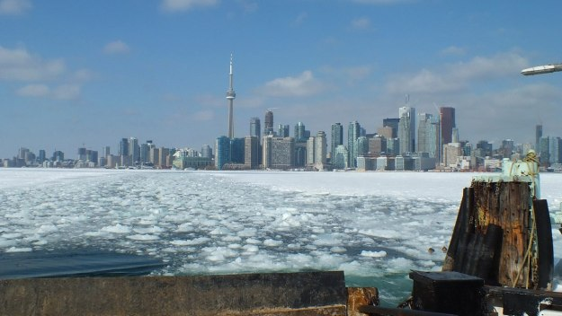 toronto harbour on a cold winter day