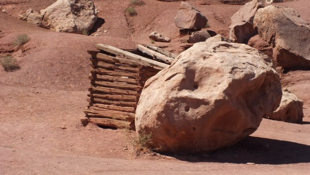 Massive boulder at the Blanche Russell Rock Houses in Marble Canyon, Arizona, U.S.A.