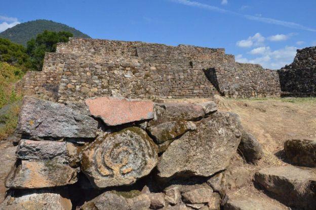 petroglyph at lesser pyramid of san felipe de los alzati, zitacuaro, mexico 2