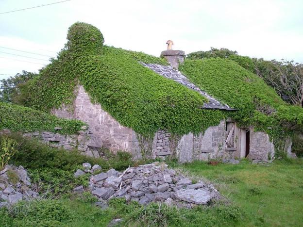 stone thatched cottage, inishmore island, ireland 6