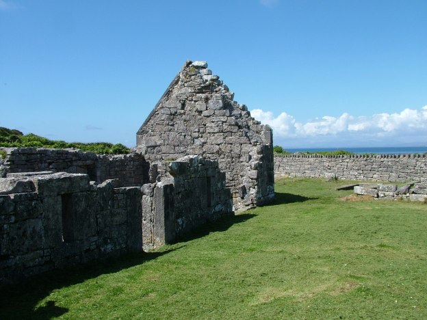 the seven churches ruins, inishmore island, ireland pic1