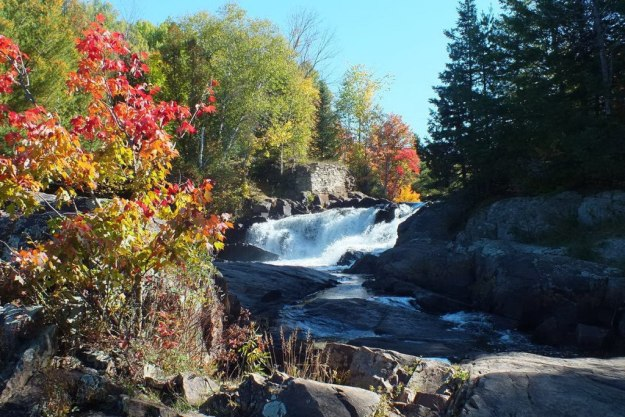 fall colors, marshes falls, oxtongue river, ontario, pic 1