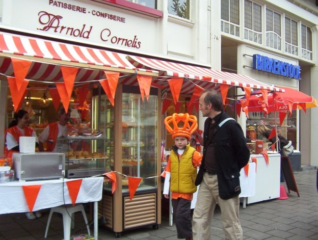 arnold cornelis patisserie on queens day, amsterdam, the netherlands