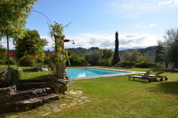 Image of the Swimming pool area at Il Colombaio di Cencio, Gaiole, Chianti, Tuscany, Italy