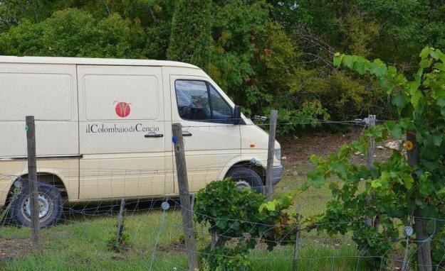 il colombaio di cencio vineyard truck, gaiole in chianti, itay