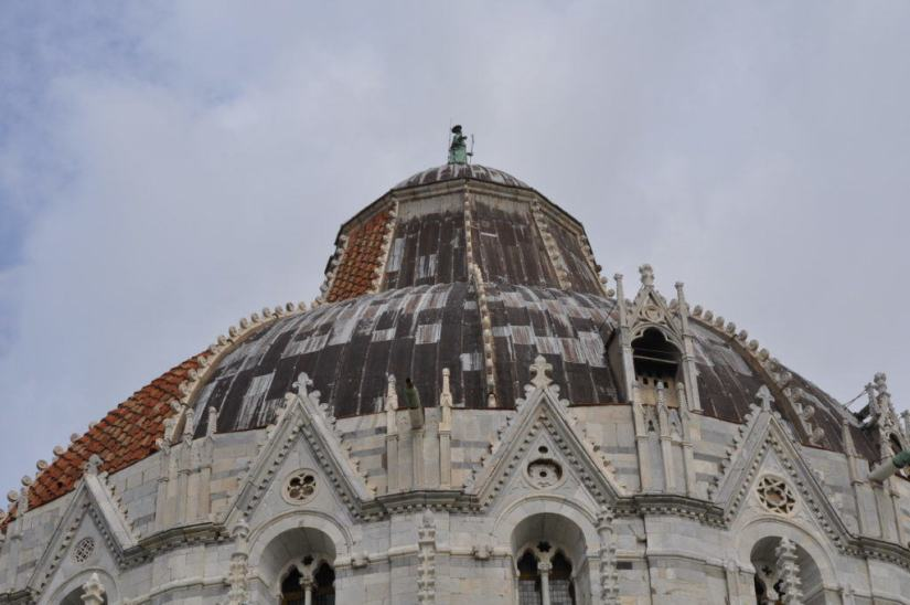 An image of the roof top of the Circular Baptistery in Pisa, Italy. Photography by Frame To Frame - Bob and Jean