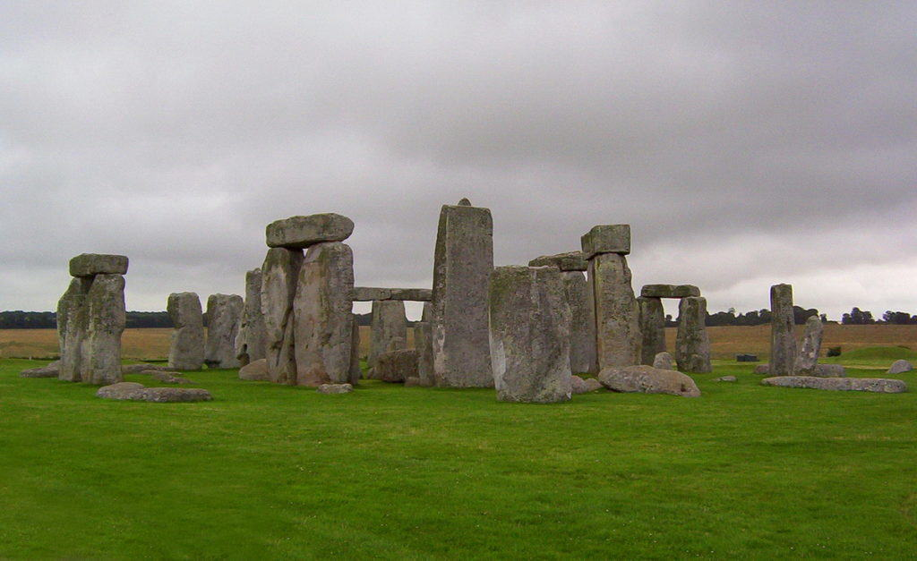 stonehenge-near-wiltshire-england-pic-11-frame-to-frame-bob-and-jean