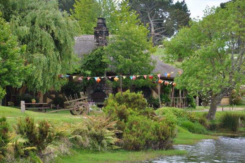 An image of the Green Dragon Inn at Hobbiton in New Zealand. Photography by Frame To Frame - Bob and Jean.