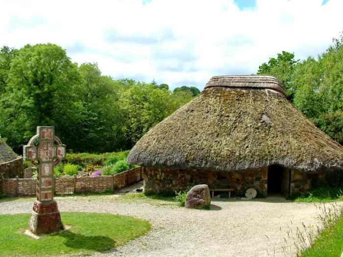 thatched-roof dwelling at Irish National Heritage Park, Ireland