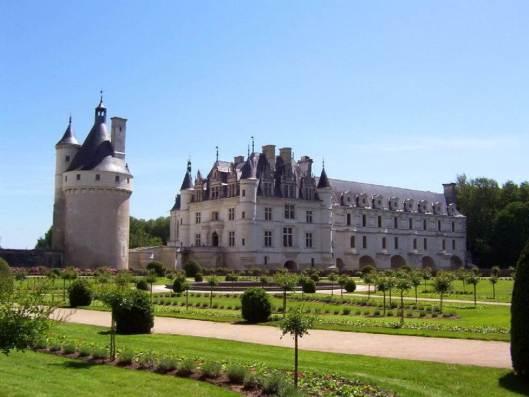 An image of Chateau de Chenonceau in Centre Val de Loire in France.