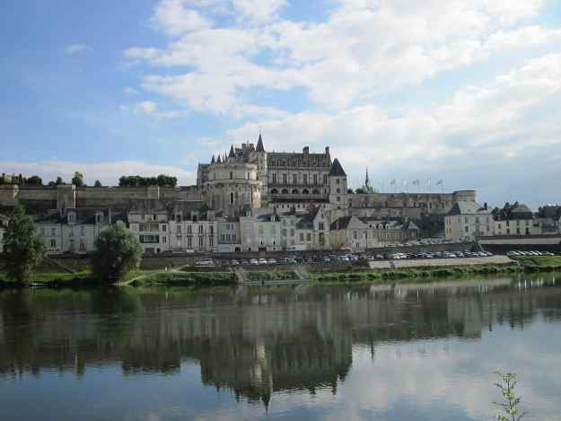 An image of Chateau Royal D'Amboise on the Loire River in France.