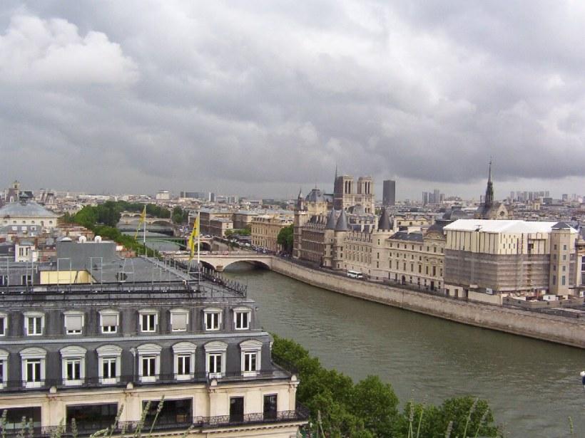 le conciergerie on the seine river, paris, france