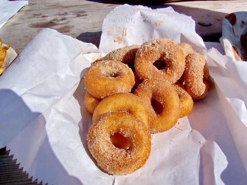 donuts, doughnuts, markham fair, markham, ontario, 2007