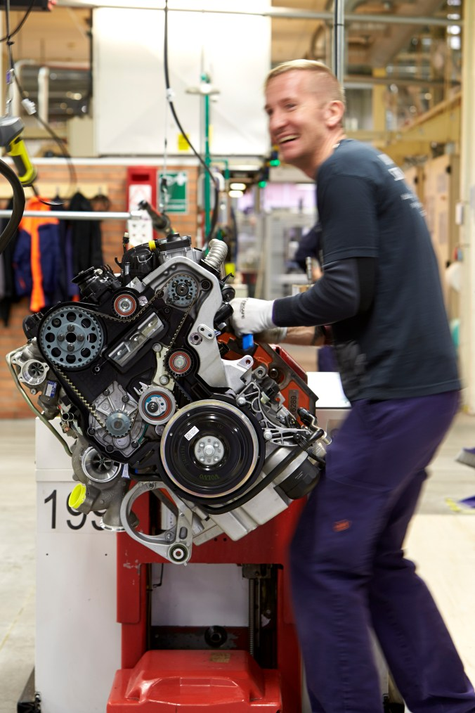 volvocars_engine12