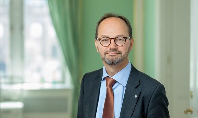 Tomas Eneroth (S)