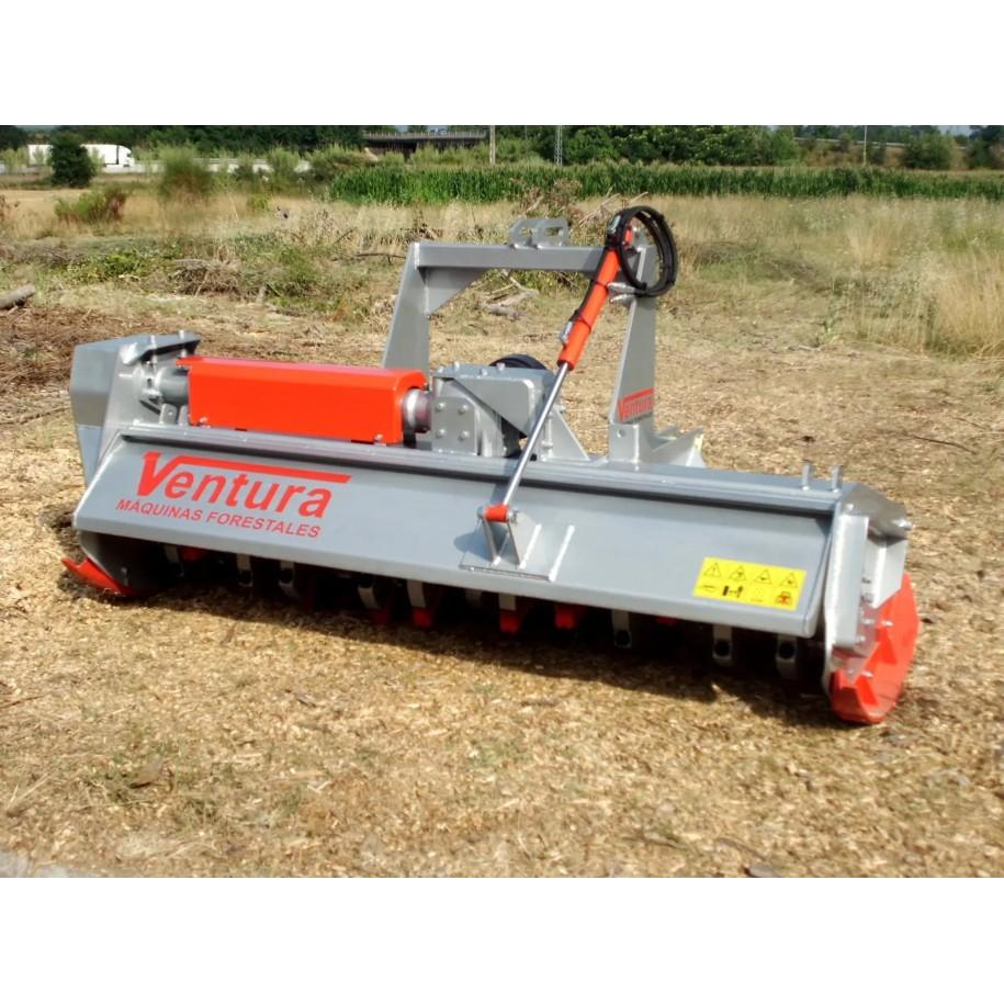 Broyeur Forestier A Marteaux Oscillants A 360 Pour Tracteurs De 40 A 130 Cv France Compact