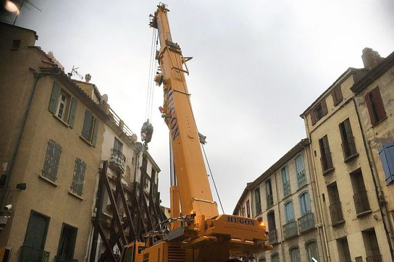The evacuation of Alain, the 300-kilo man stranded at his home in Perpignan  for a year, has been completed   En24 World