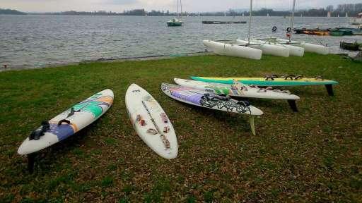 Quand deux clubs Rhônes-Alpins favorisent une reprise de pratique windsurf en plan d'eau intérieur