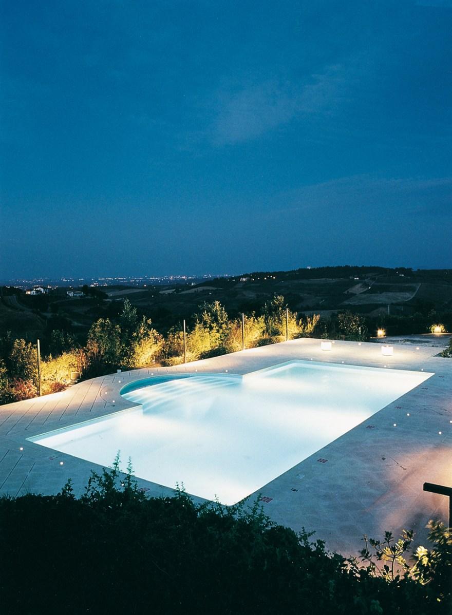 Monte-del-Re_building02