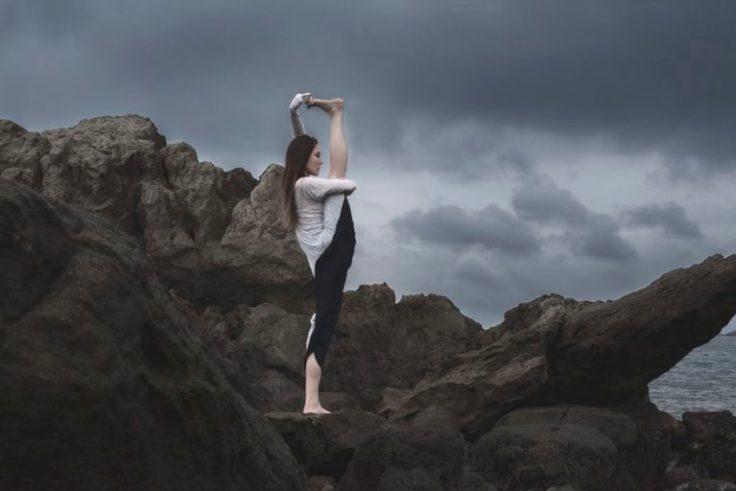 stretching-1-768x512