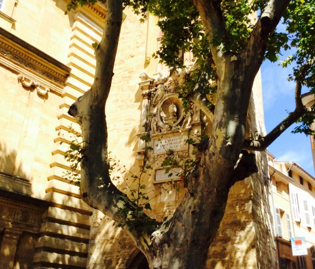 bell tower photography in aix en provence