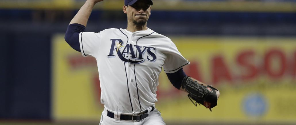 Charlie Morton pitches for Rays