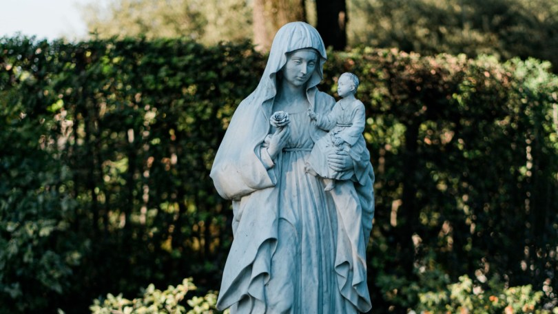 statue of Blessed Virgin Mary with Baby Jesus