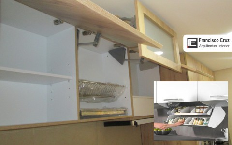Módulos altos para organizar la cocina