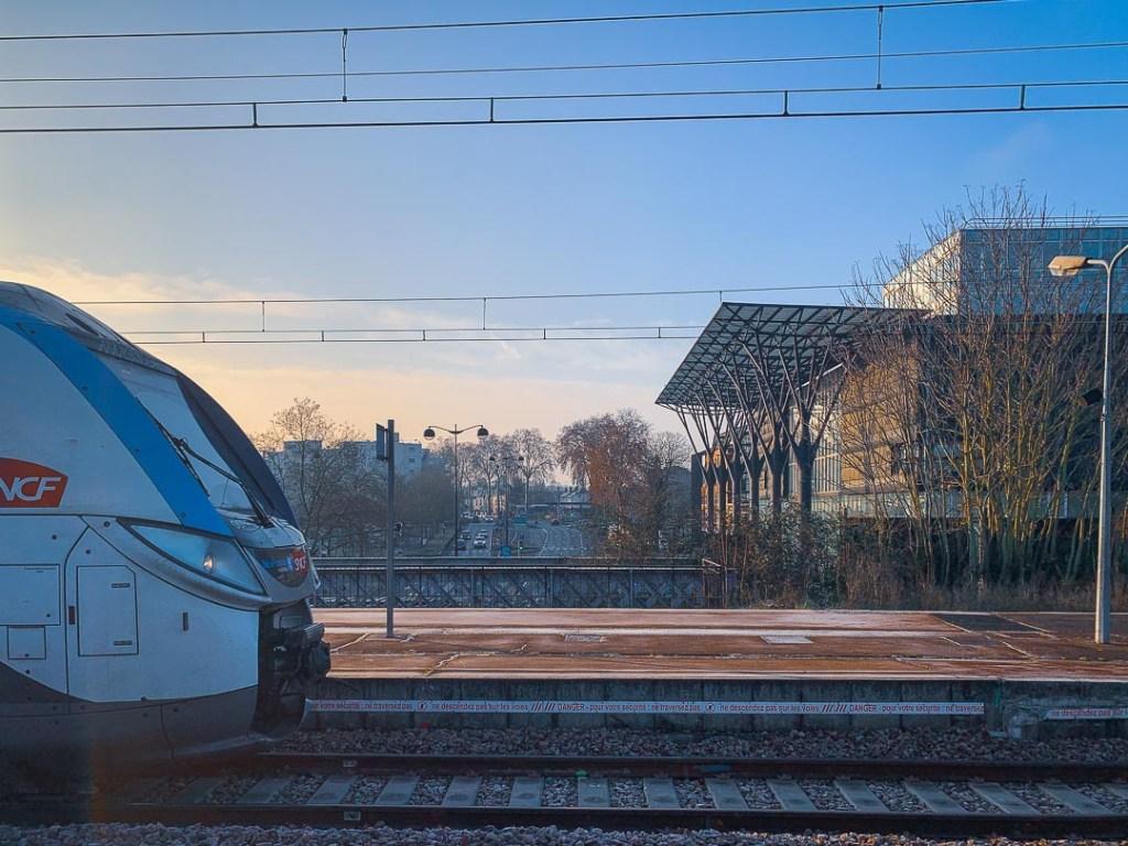 Melun train station
