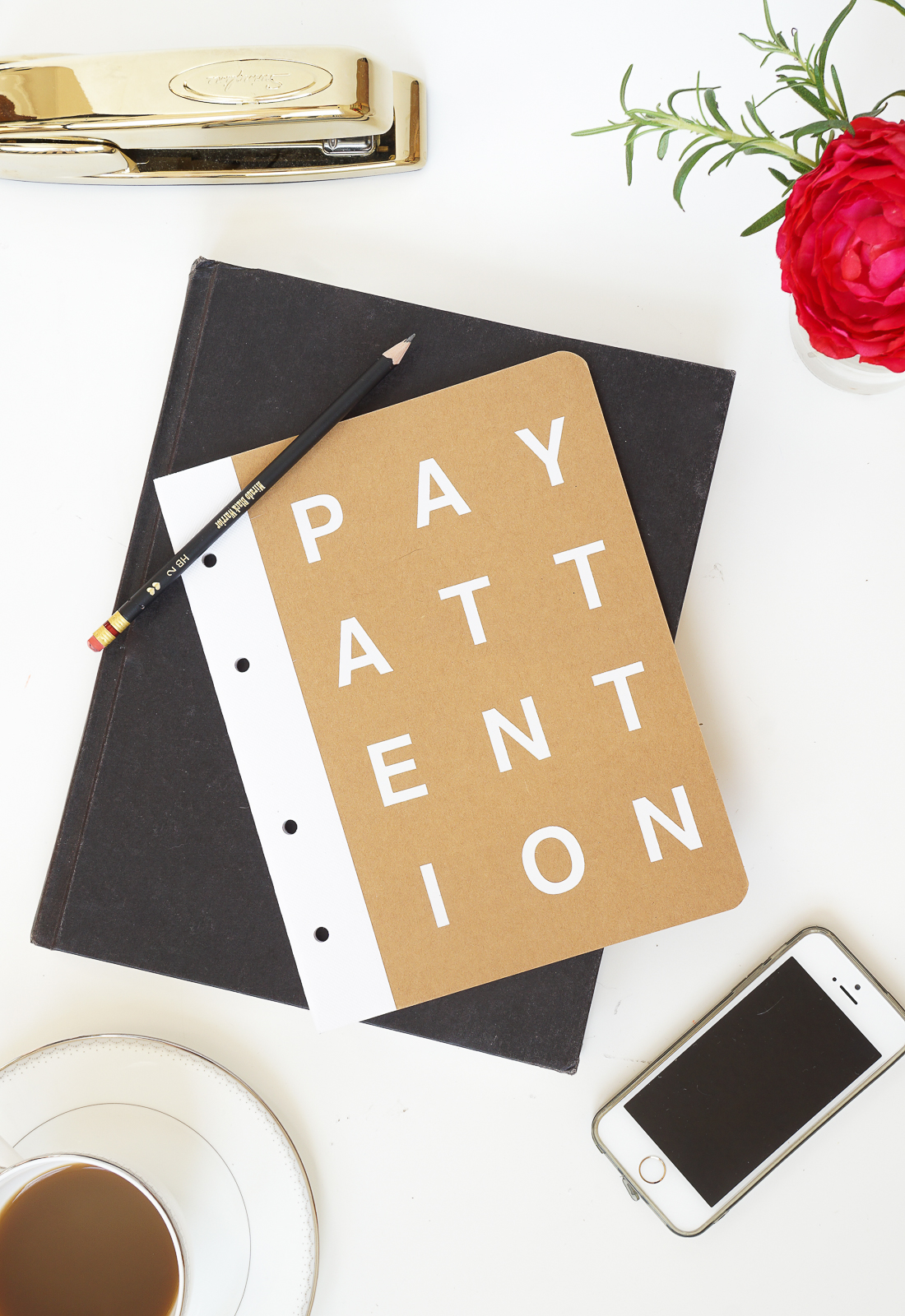 Add an inspiring phrase to your everyday notebook cover to help you achieve your new year resolution. Click for all the details!