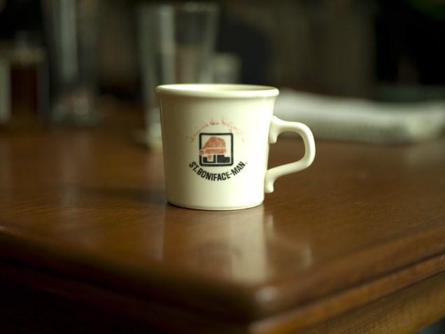 La tasse de la mère d'Andrina - Andrina's mother's cup