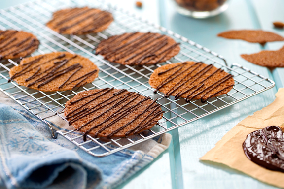 Thin and Crispy Wheat-Free Cookies