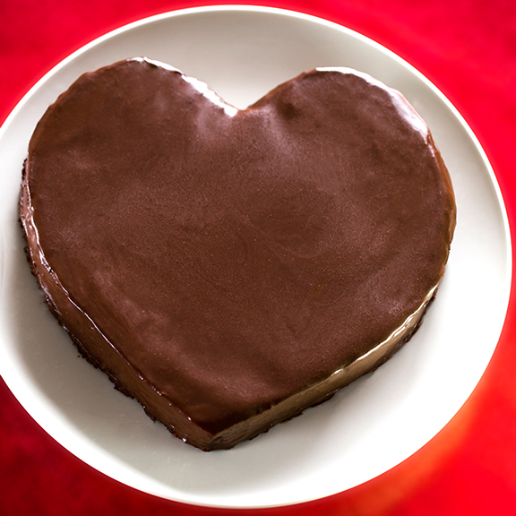 Heart Chocolate Cake Images : Easy Heart-Shaped Chocolate Cake - FRAN COSTIGAN