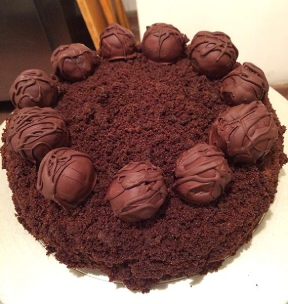 Blackout Cake with Cake Balls!
