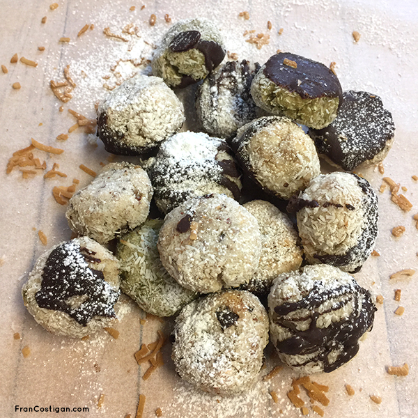 Vegan Coconut Macaroons for Passover
